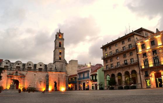 San Francisco de Asís Square