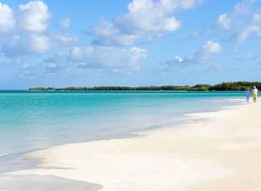 Der Strand Playa Santa Maria
