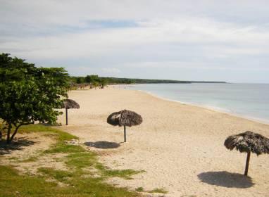 Atractivos en Cienfuegos: Rancho Luna Beach