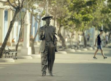 Atractivos en Cienfuegos: Statue von Benny Moré