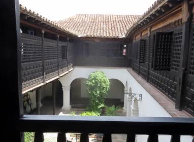 Atractivos en Santiago de Cuba: Balkon von Velázquez