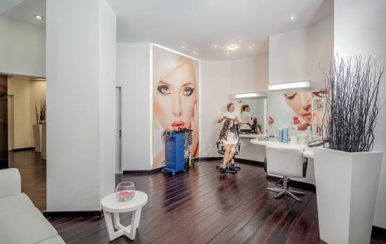 Health and Beauty: Beauty salon