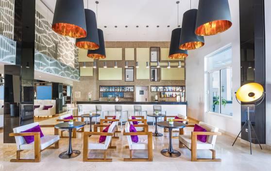 """Royal Service at Paradisus los Cayos - Lobby bar """"Kristal"""""""
