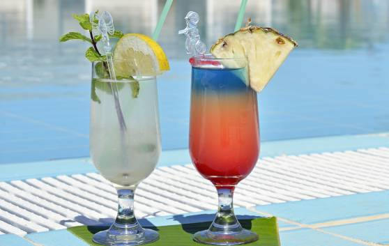 Royal Service at Paradisus los Cayos - Sunset Bar
