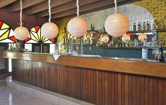 Sol Río de Luna y Mares - Musical bar