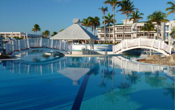 Swimmingpool Main Pool