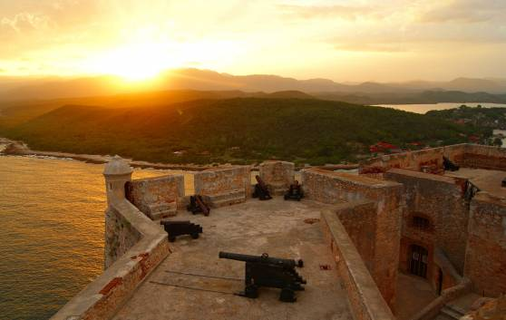 Santiago de Cuba Sonnenuntergang in der Bucht von Santiago de Cuba