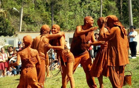 Cienfuegos DAS THEATER DER ELEMENTE, zwischen kunst und gemeinde
