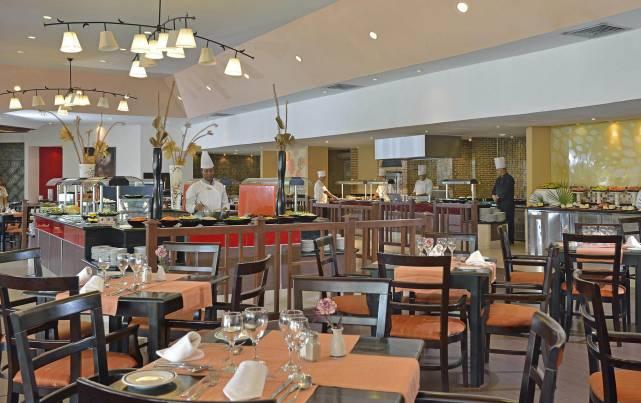 Meliá Cayo Coco - Del Sol Restaurant - Restaurants