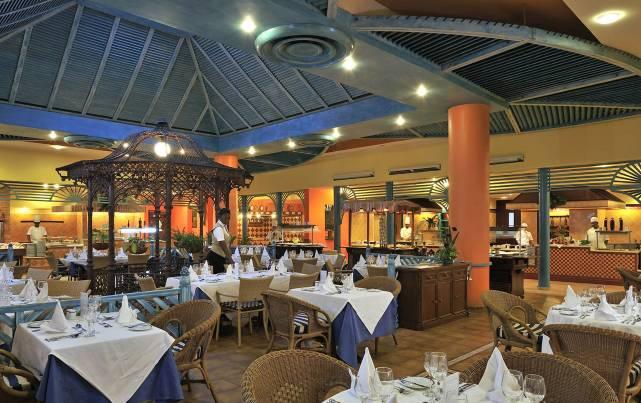Meliá Santiago de Cuba - Restaurante La Casona - Restaurants