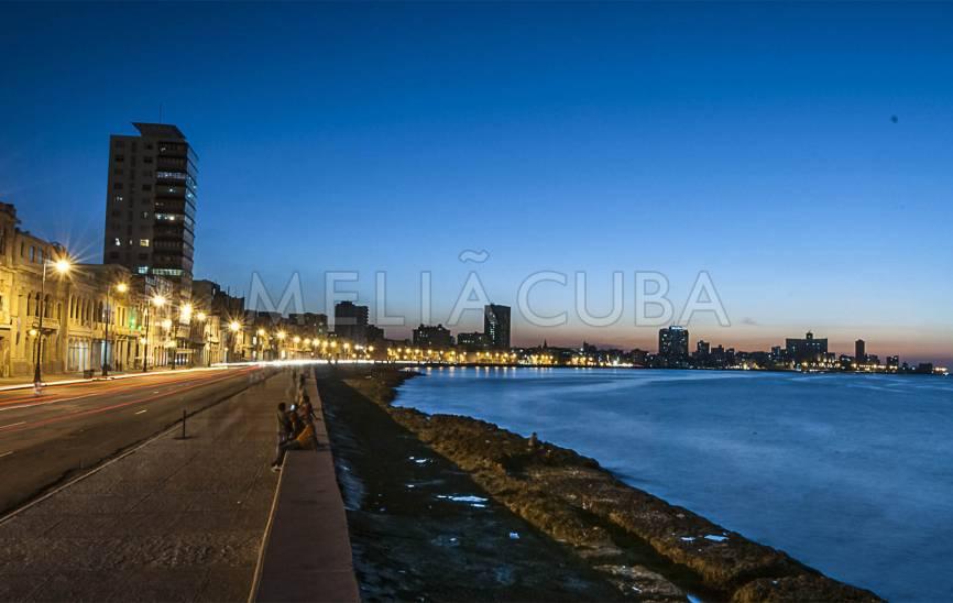 Malecón Seawall Drive